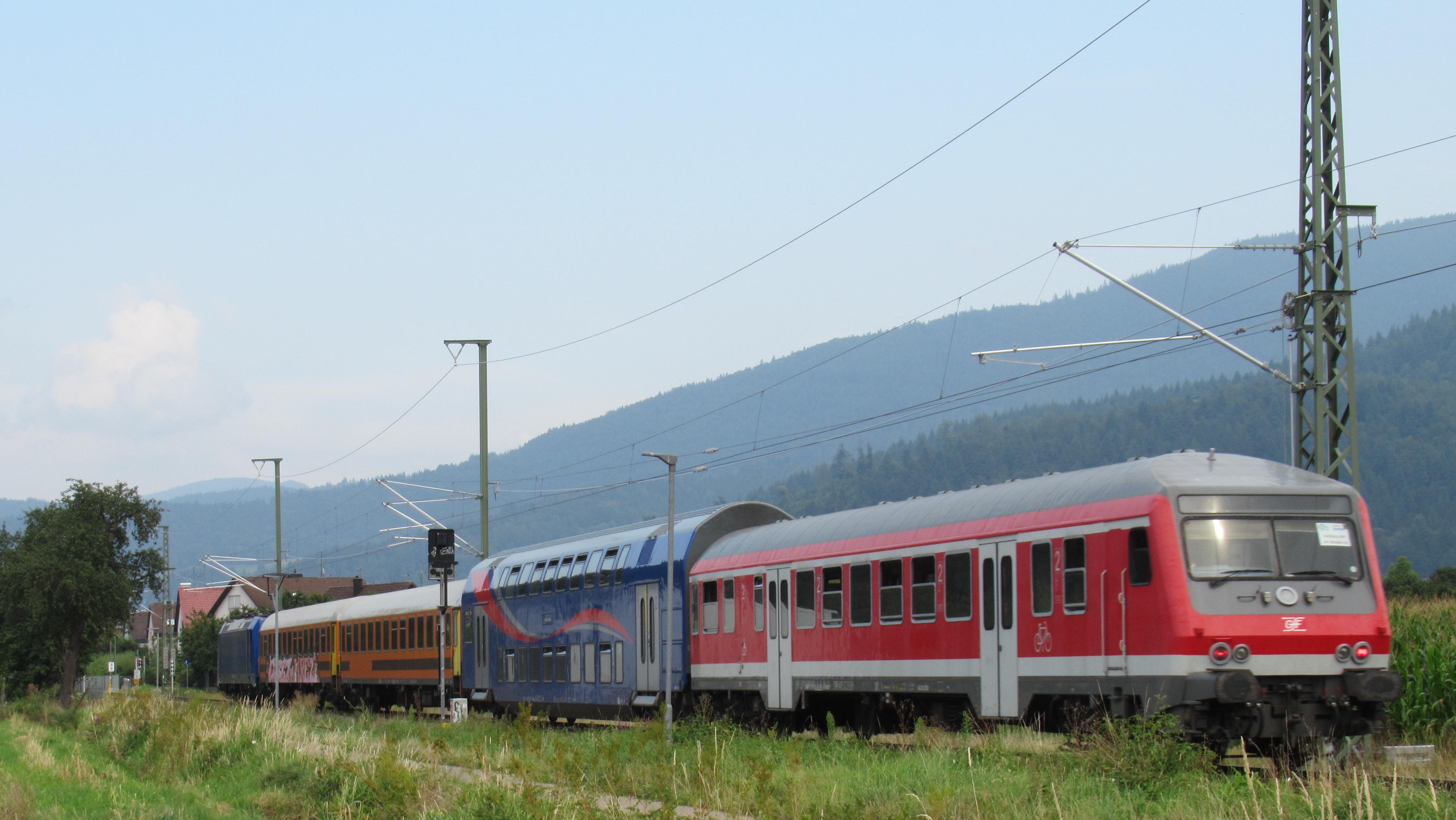 Von Freiburg kommend zwischen Buchholz und Batzenhäusle
